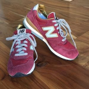 New Balance 996 Sneakers - burgundy size 8